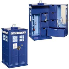 Doctor Who TARDIS Jewelry Box... I now have this thanks to @Heather Creswell Creswell Raymond :-)