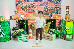 Aniversários - Miguel - Aniversário de 8 anos - Hip Hop - São José dos Pinhais - PR Skateboard Party, Skateboard Boy, Teenage Boy Birthday, Happy Birthday, Arte Do Hip Hop, Photo Zone, 90s Theme, Hip Hop Party, Subway Surfers