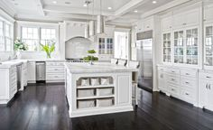 Antique White Kitchen Cabinets – Vintage white cooking areas are extremely eye-catching as well as popular due to the fact that they constantly look so classy and also distinct. In this post we have a bunch of fascinating white cooking ... Read more...