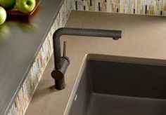 Linus kitchen faucet, in Anthracite (from Blanco), with matching soap dispensers