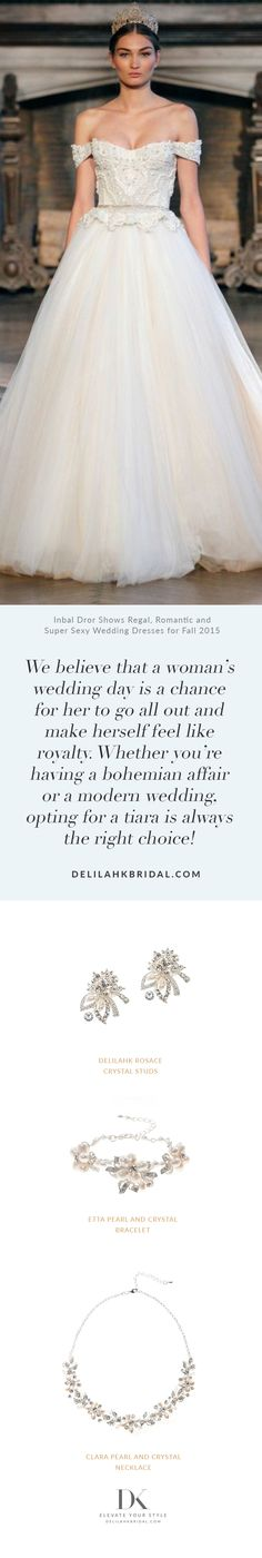 We believe that a woman's wedding day is a chance for her to go all out and make herself feel like royalty. Whether you're having a bohemian affair or a modern wedding, opting for a tiara is always the right choice! Elegant Wedding, Wedding Day, Bridal Fashion, Special Day, Affair, Wedding Styles, Royalty, Tulle, Fashion Jewelry