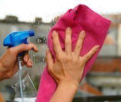 Além de conseguir resultados impecáveis ao limpar as janelas, nos asseguramos de não utilizar produtos prejudiciais para a saúde e nem para o meio ambiente.