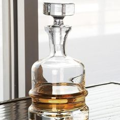 Global Views Clear Traditional Decanter - 6.60079