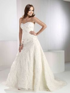 Fancy Sleeveless Empire Sweetheart Sweep Train Organza Dresses With Beading