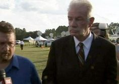 Pastor Terry Jones Could be arrested again for Koran burning, if no permit | AT2W