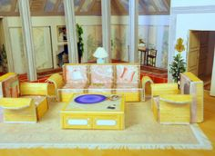 A Miniature Replica Of Our Favorite T.V. Ladies' Home