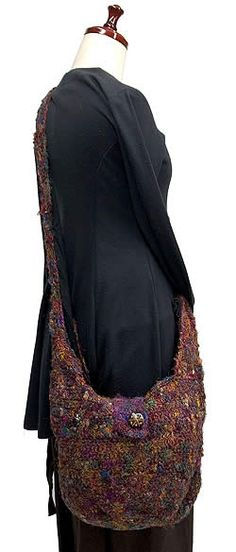 Elegante bolso tejido