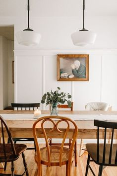 Dining room furniture ideas that are going to be one of the best dining room design sets of the year! Get inspired by these dining room lighting and furniture ideas! Woven Dining Chairs, Mismatched Dining Chairs, Eclectic Dining Chairs, Metal Chairs, Dining Table, Dining Room Inspiration, Home Decor Inspiration, Decor Ideas, Decorating Ideas