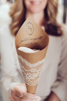 Ideas For Using Lace Ribbon At Weddings