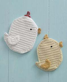Chickadee Potholder, crochet pattern free on Ravelry