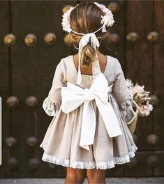 New Baby Fashion Design Little Girls Ideas Little Girl Dresses, Girls Dresses, Flower Girl Dresses, Wedding With Kids, Wedding Ideas, Bridesmaid Dresses, Wedding Dresses, Bridesmaids, Beautiful Bride