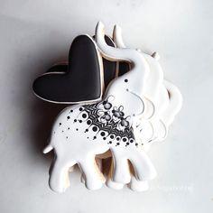 Elephant Heart, #sugarbombe, #sugarcookies, #decoratedcookies, #cookiesofinstagram, #edibleart,#sugarart, #royalicingart, #royalicingcookies, #customcookies, #foodart, #diycookies, #3dprintedcookiecutters,#gcreate, #colorfabb #customcookiecutters, #3dprintedcookiecutters, #customcookiecutters, #cookiecutters,#f52grams,#bakersofinstagram,#elephantcookiecutters,#valentinecookiecutters Fancy Cookies, Cute Cookies, Cupcake Cookies, Sugar Cookies, Heart Cookies, Cupcakes, Elephant Cookie Cutter, Elephant Cookies, Sweets Art