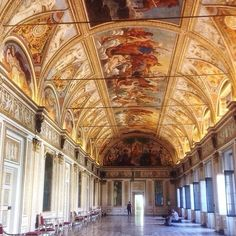 Twitter / @1step2theleft: Walking along the magnificent Palazzo Ducale in Mantua
