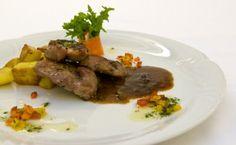 DK AKORD   Restaurace   Gastronomické služby   Pracovní obědy Beef, Colorful, Food, Meat, Essen, Meals, Yemek, Eten, Steak