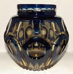 VSL Pique-fleurs 'Zinia' S/292 - cristal topaze doublé bleu-pétrole - Catalogue Cristaux de Fantaisie de 1926.