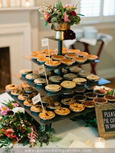10 Great Fall Wedding Favors for Guests 2020 - - When it comes to choosing fall wedding favors, I would recommend those that can easily be acquired with the combination of gifts from nature. Fall Wedding Desserts, Fall Wedding Decorations, Wedding Pie Table, Fall Wedding Foods, Thanksgiving Wedding, Dessert Ideas For Wedding, Halloween Wedding Favors, Fall Party Favors, Mini Wedding Cakes