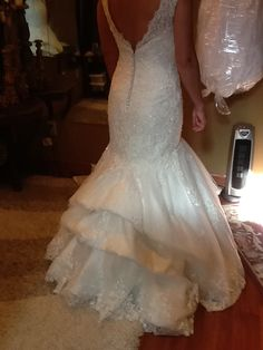 Lace wedding dress bustle types of cats