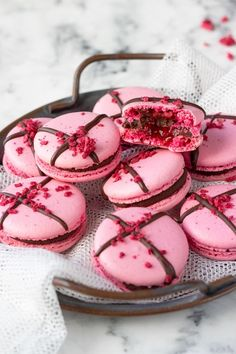 Macaroons, Granola, Sweet Recipes, Panna Cotta, Cheesecake, Food And Drink, Cupcakes, Sweets, Cookies