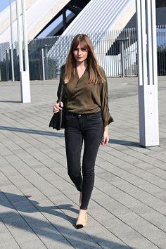 5020525_marina_abramovic_kimono_olive__military_green_skinny_jeans_pointed_suede_heels_5.jpg (640×960)
