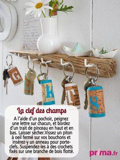 Porte-clefs supers sympas avec des bouchons en liège - Prima mag fr Diy Cork, Champagne Corks, Cork Art, Fathers Day Crafts, Art Decor, Decoration, Metal Working, Recycling, Crafty