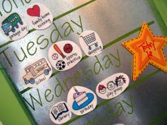 'What's Up Weekly Board'-helping kids learn the days of the week - Educational Activities, Toddler Activities, Teaching Kids, Kids Learning, Sons Day, Kids Calendar, Toddler Calendar, Routine Chart, Kids Schedule