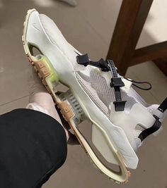 Latest Sneakers, Sneakers Fashion, White Sneakers, Shoes Sneakers, Shoes Men, Zapatillas Jordan Retro, Futuristic Shoes, Nike Mag, Sneaker Boots