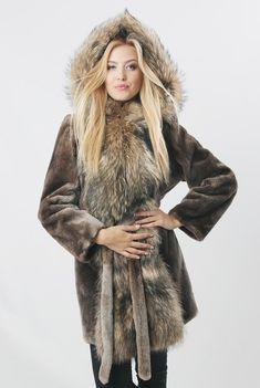 Echte Biber und Raccoon-Pelz-Mantel Nord von FurForestfox auf Etsy