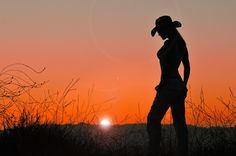 country silhouttes | 14 Beautiful Examples Of Sexy Silhouette Photography | Design ...