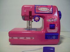 Childs Working Toy Sewing Machine Pink Battery Operated