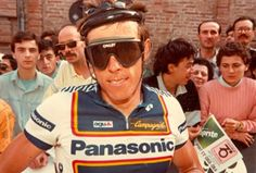 Phil Anderson sports three cultural icons: the 'sausage' helmet, Oakley Factory Pilots and a Panasonic jersey.