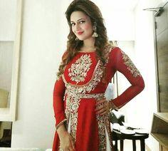 Beautiful Gorgeous DivyankaTripathi