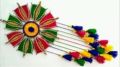Hello friends, reuse old waste hair pins and make this beautiful wall hanging craft out of it. You will love this best out of waste idea as it's very easy an. Diy Crafts For Gifts, Decor Crafts, Home Crafts, Arts And Crafts, Art N Craft, Craft Work, Diy Flowers, Fabric Flowers, Flower Diy
