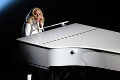 """Veja a emocionante performance de Lady Gaga para """"Til It Happens To You"""" no Oscar! #Campanha, #Cantora, #Filme, #Gaga, #Homenagem, #Lady, #LadyGaga, #M, #Música, #Noticias, #Oscar, #Popzone, #Prêmio, #Presidente, #Rebelde, #Status, #Twitter http://popzone.tv/2016/02/veja-a-emocionante-performance-de-lady-gaga-para-til-it-happens-to-you-no-oscar.html"""