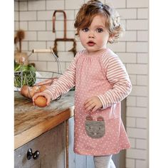 PRICE VARIES BY SIZE Department Name: Children Collar: O-Neck Closure Type: Pullover Fit: Fits true to size, take your normal size Material: Cotton Gender: Girls