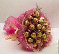 Простые истины простых людей: Необычный подарок - букет из конфет