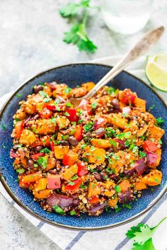 Roasted Sweet Potato Quinoa Black Bean Salad. Healthy, filling, and DELICIOUS! Perfect make-ahead recipe for healthy lunches, or for a side dish at parties and potlucks. from @wellplated
