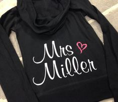 Bride Hoodie, Custom Personalized Bride Zip Up Sweatshirt, Bride Shirt, Mrs Hoodie, Bachelorette Party, Bridal Shower Gift