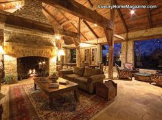 Luxury Home Magazine Austin