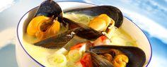 Ikke bare smaker den fortreffelig, denne oppskriften på fiskesuppe er både enkel og lettlaget.
