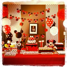 MINNIE & MICKEY. Mickey and Minnie birthday party. Déco