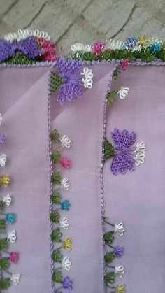 This Pin was discovered by Ayt Needle Tatting, Needle Lace, Crochet Edging Patterns, Lace Making, Quilling, Hair Pins, Crochet Projects, Needlework, Diy And Crafts