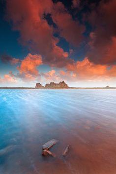 Castel Meur @ Plougrescant (Brittany) by Eric Rousset on 500px.com (Original size - Height: 900px - Width: 600px)