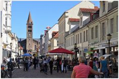 """POTSDAM (GERMANY): The """"Brandenburgerstrasse"""" (Brandenburg Street), a restored 18th-century residential area, has been transformed into a wide pedestrian boulevard filled with eclectic book stores, antique shops and bistros."""