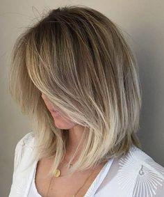 Short Blonde Hairsty