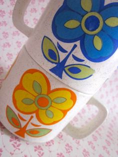 2  Pop Flower 1970s  Mugs by Pommedejour on Etsy, $24.00