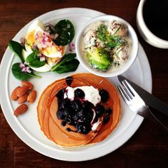 .@keiyamazaki   Today's breakfast. 何人の人が、真央ちゃんを見て泣いたんだろう。もうメダルなん...   Webstagram