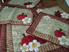 Patchwork | Jogo de cozinha, trilho de mesa, jogo americano … | Flickr