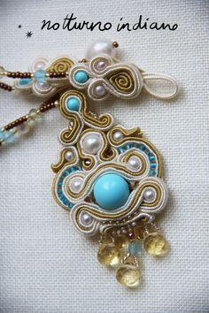 collana soutache a mano con perle naturali e di notturnoindiano