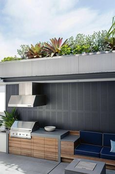 outdoor-entertaining-garden-feature-harbour-views-Matt-Cantwell-Secret-Gardens #outdoorkitchens