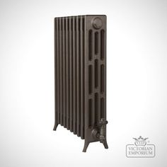 A very traditional Edwardian radiator carefully crafted to offer a versatile choice of heights and widths.